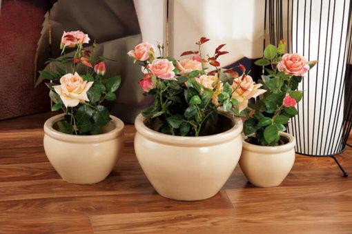 Három színben elérhető virágkaspó
