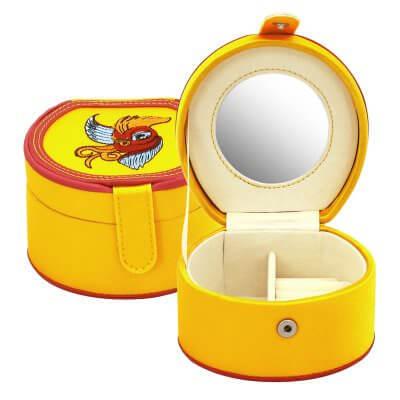 Sárga ékszertartó doboz