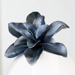 Fekete magnólia művirág, dekorációs célokra